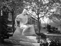 1936, Fiumei úti Nemzeti Sírkert (Kerepesi temető), Ady Endre síremléke