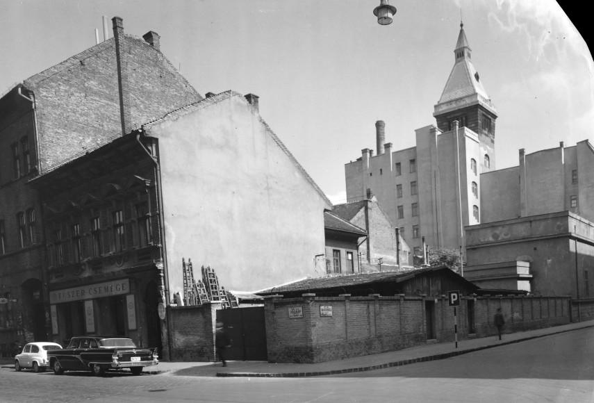 1965, Bacsó Béla (Német) utca a József utcánál, 8. kerület