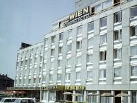 1971, Budaörsi út 88-90, 11. kerület